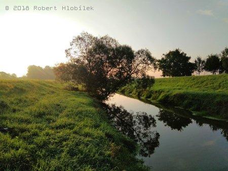 Řeka Haná brzy ráno