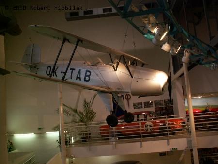 V muzeu jsou i letecké exponáty