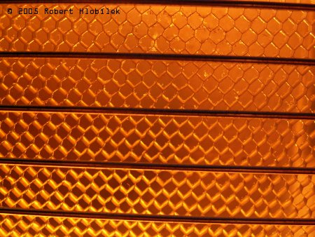 Kovové plásty