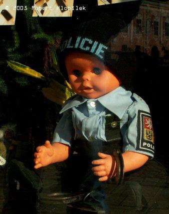 Výklad s policejním tablem