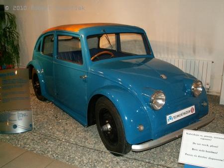 Tatra V 570