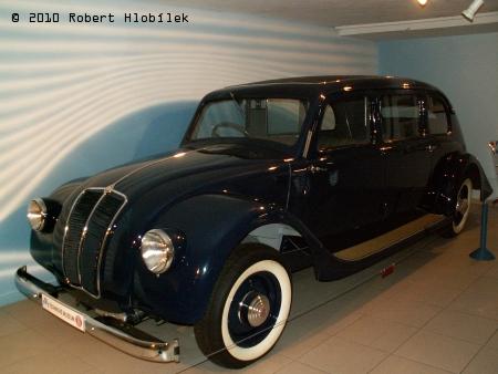 Tatra T 90