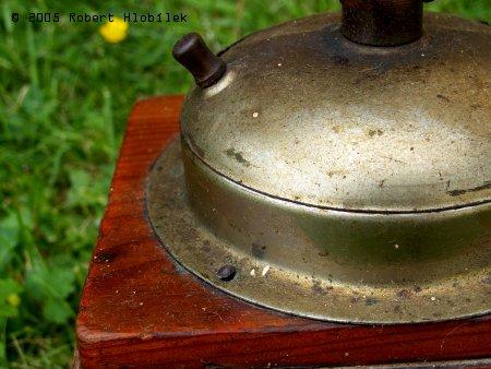 Starý mlýnek na koření