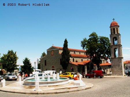 Kostel v horském městečku Litochoro